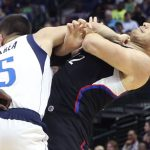 NBA – JJ Barea met Blake Griffin au sol : Vous avez bien lu