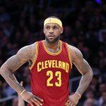 NBA – Lebron James devient le premier joueur de l'histoire à terminer une finale en triple-double de moyenne