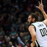 NBA – Spencer Hawes devrait être coupé par les Bucks
