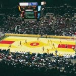 NBA – Kyrie Irving se dit inquiet à propos du nouveau parquet des Bucks