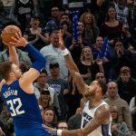 NBA : Highlights – Le tir victorieux de Blake Griffin qui terrasse les Kings !