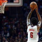 NBA – Doc Rivers se met à rêver d'un DeAndre Jordan capable de tirer à 3 points