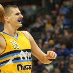 NBA – Nikola Jokic est-il le meilleur pivot-passeur de la ligue ?