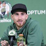 NBA – Gordon Hayward a quitté sa botte et espère rejouer cette saison
