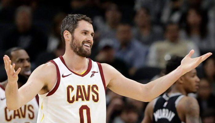 Kevin Love a déclaré que Tim Duncan était le meilleur ailier fort de l'histoire de la NBA