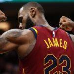 NBA – 30 000 points, 8000 rebonds, 8000 passes : où s'arrêtera donc le King?