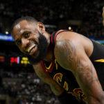 NBA – LeBron James espère jouer contre son fils en NBA !
