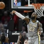 NBA – Top 5 de la nuit : trop clutch, LeBron irradie les Wolves