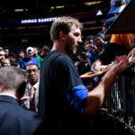 NBA – Dirk Nowitzki rempile aux Mavs et tape ainsi un record NBA