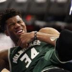 NBA – Giannis Antetokounmpo touché à l'œil