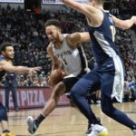 NBA – Top 10 de la nuit : Le alley-oop venu du ciel d'Anderson et Bertans