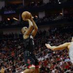 NBA – Top 10 de la nuit : Chris Paul s'amuse avec la défense des Wolves !