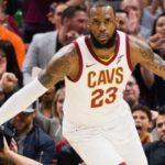 NBA – Top 10 Plays de Mars : LeBron ? Présent. LeBron ? Présent. LeBron ? Présent.
