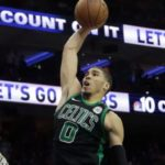 NBA – Jayson Tatum revient sur son « tu as de la chance » contre Joel Embiid