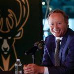 NBA – Mike Budenholzer veut «déverrouiller» le potentiel défensif des Bucks