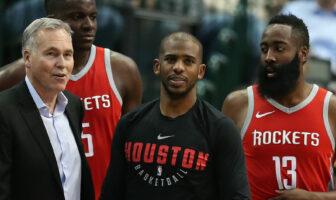Les Rockets affrontent les Lakers de LeBron James