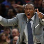 NBA – Insolite : Quand le compte Twitter des Raptors félicite… Dwane Casey