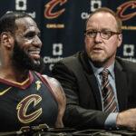 NBA – L'ex GM des Cavs et «la longueur d'avance» des 76ers dans le dossier LeBron James