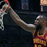 NBA – Le plus gros dunk de la saison de chaque franchise !