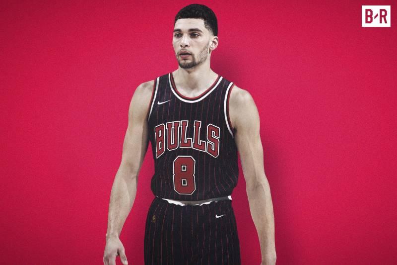 Zach Lavine sous le maillot rétro des Bulls