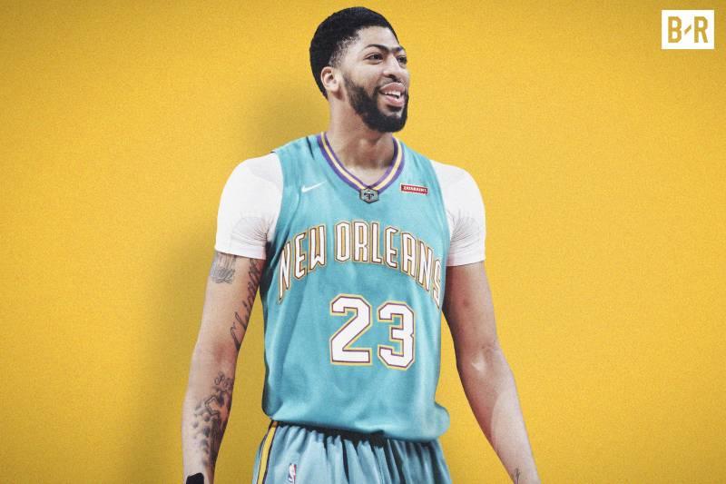 Anthony Davis sous le maillot rétro des Pelicans