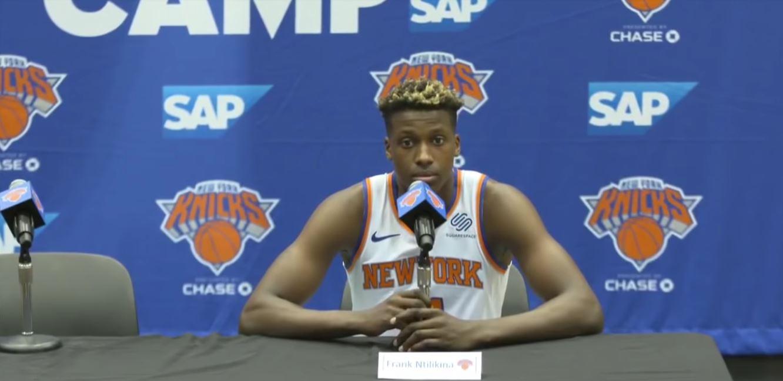 Frank Ntilikina lors du media day des Knicks