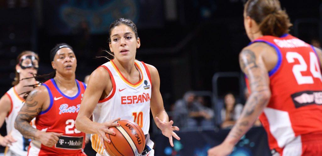 Marta Xargay balle en main face à Porto Rico
