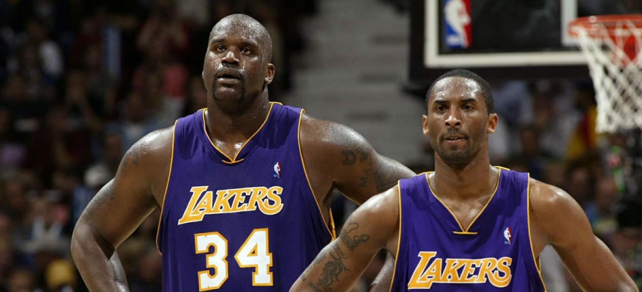 Shaquille O'Neal et Kobe Bryant sous le maillot des Lakers.