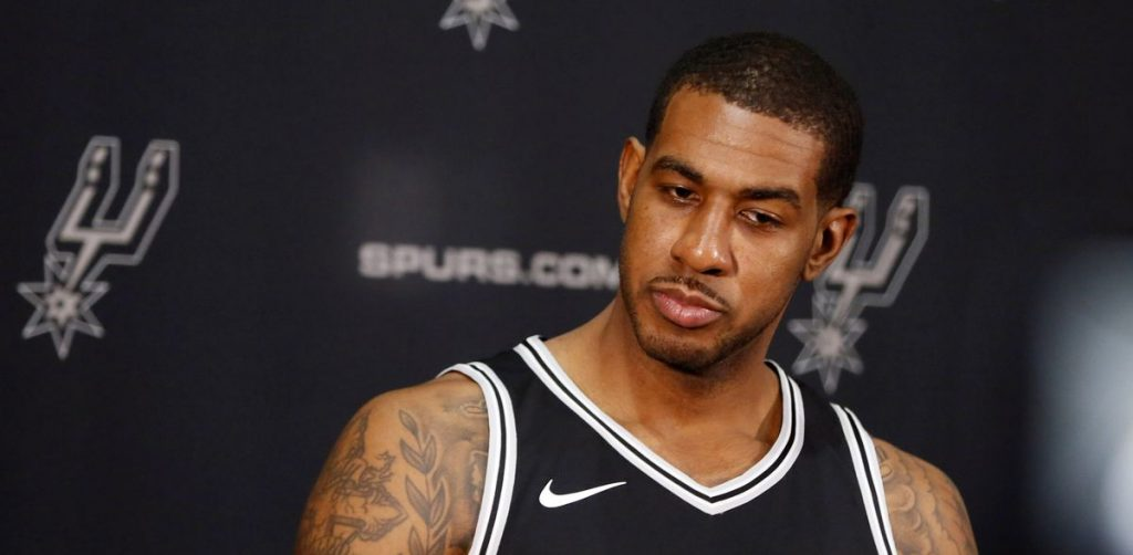LaMarcus Aldridge sous le maillot des Spurs.