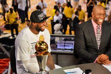 LeBron James et Magic Johnson
