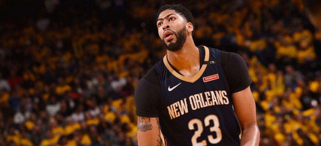 Anthony Davis sous le maillot des Pelicans de la Nouvelle-Orleans