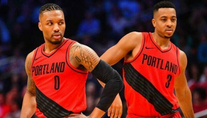 Damian Lillard et CJ McCollum sous le maillot des Blazers de Portland