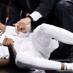 NBA – Spurs : Dejounte Murray touché au genou