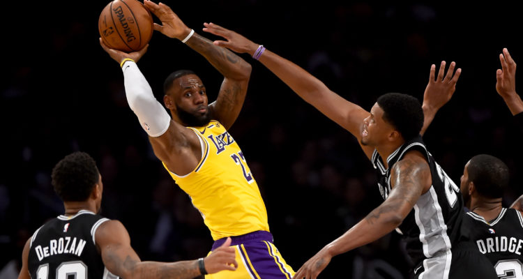 LeBron James face aux San Antonio Spurs