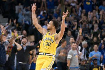Steph Curry sous le maillot de Golden State