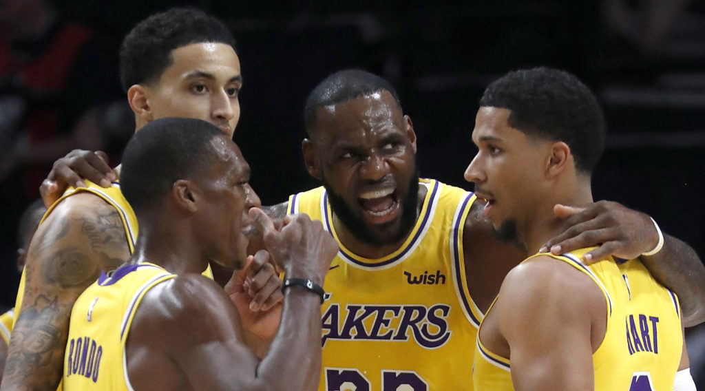 LeBron James motive les Lakers