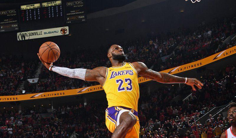 LeBron James Portland Lakers