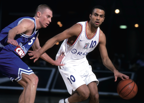 Tony Parker au Paris Basket Racing en Pro A, avec Laurent Sciarra