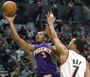 Boris Diaw face à Brandon Roy, sous le maillot des Phoenix Suns