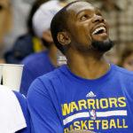 NBA – Twitter réagit à la suspension de Draymond Green