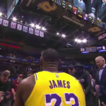 NBA – L'hommage poignant de Cleveland à LeBron James