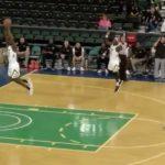 NCAA – Un joueur pose un dunk dans son propre panier