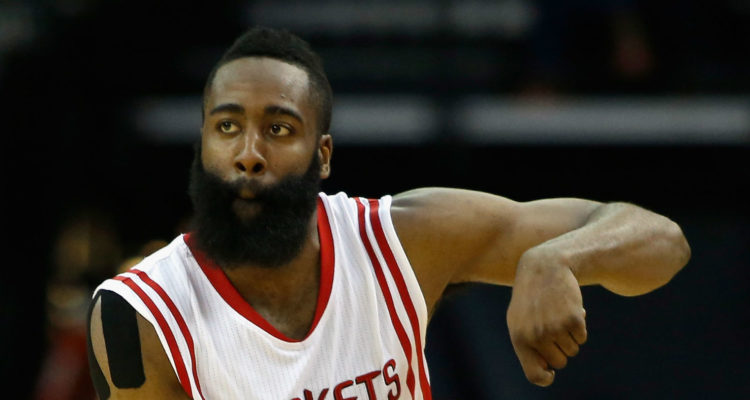 James Harden rejoint Michael Jordan et Ricky Barry