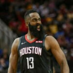 NBA – Le restaurant de James Harden massacré par des fans !