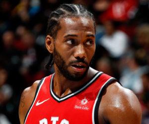 Kawhi Leonard sous le maillot des Raptors