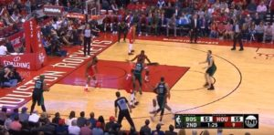 NBA – Quand Marcus Smart feinte le caméraman