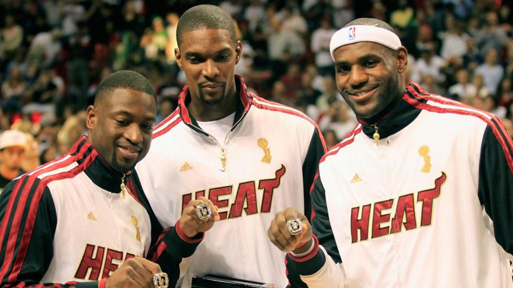 Dwyane Wade, Chris Bosh et LeBron James sous le maillot du Heat