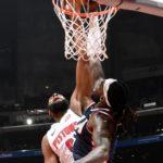 NBA – Top 10 : Drummond en mode autobus !