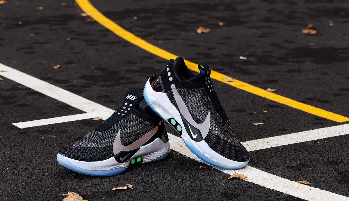 premium selection 61085 42c31 NBA - Nike sort la première chaussure de basket qui se lace toute seule !