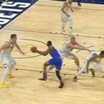 NBA – Quand Mason Plumlee pousse… son propre coéquipier